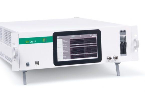 IZT S1010 signal generator side