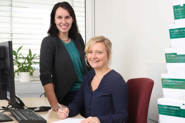 IZT Marketing and Sales Franziska Klier and Maxie Clemens