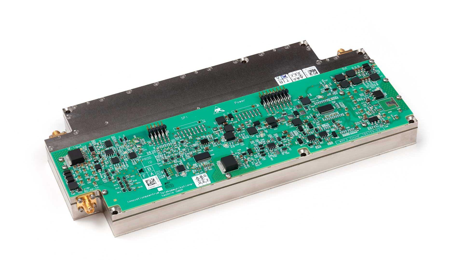 IZT R3500 Ultimate Sensor for Intercepting HF Signals circuit board
