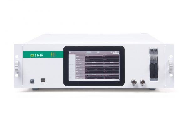 IZT S1010 Multi-channel Signal Generator and Memory Extension front